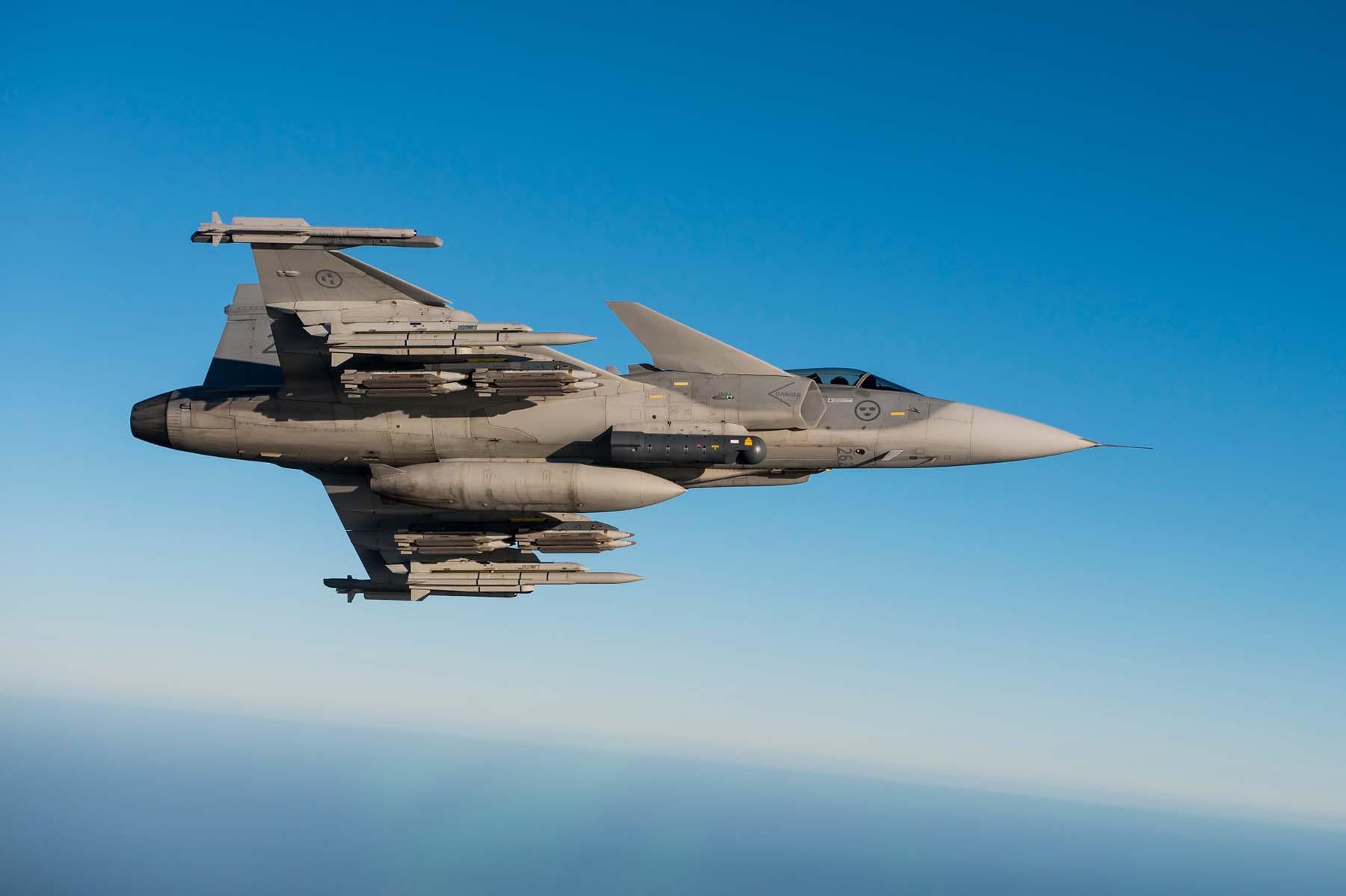 Gripen-JAS-39C-MS20-matric-262-foto-Saab