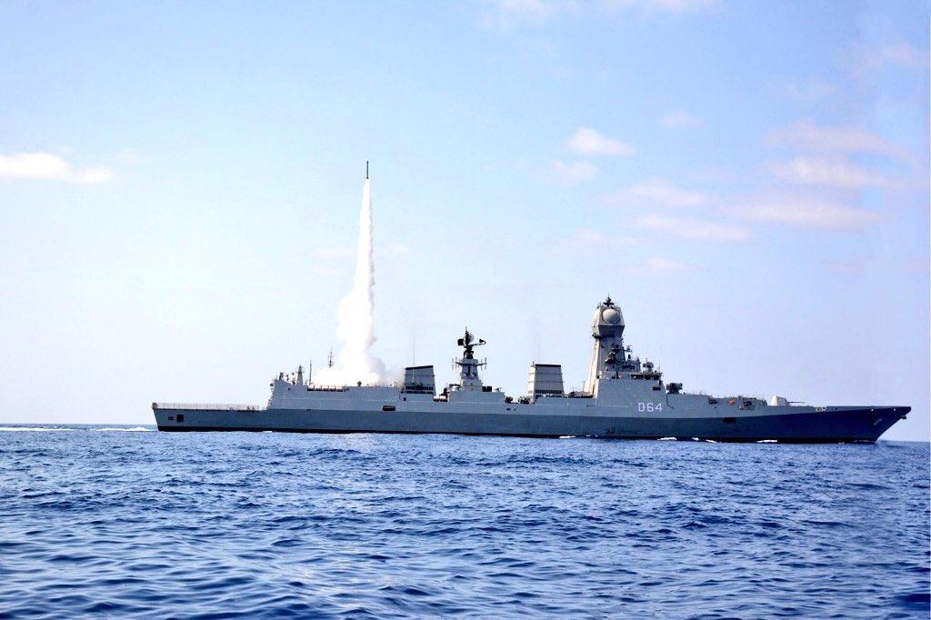 INS Kochi – D64 firing the MRSAM